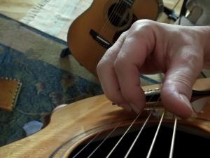 Finger_position_on_strings_fingerstyle
