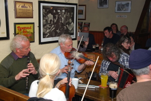 Pub Musicians by GusO'Connor-Doolin